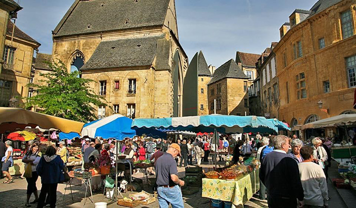 The Sarlat market